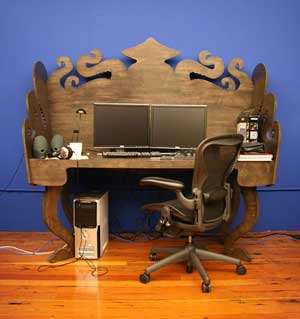 20000_leagues_desk02.jpg