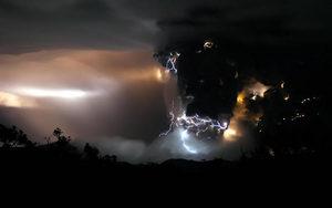 chaiten_volcano_01.jpg