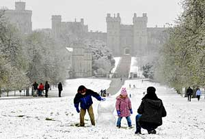 england_April_snowfall_Windsor.jpg