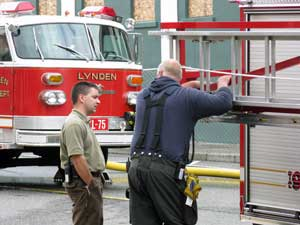 lynden_fire_talk01.jpg