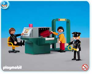 playmobil_security_check.jpg