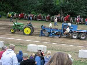 psatma_tractor_pull.jpg