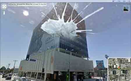 Google_street_view_bird_attack.jpg