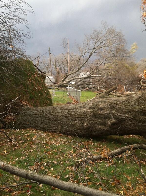 20131117-tornado02.jpg