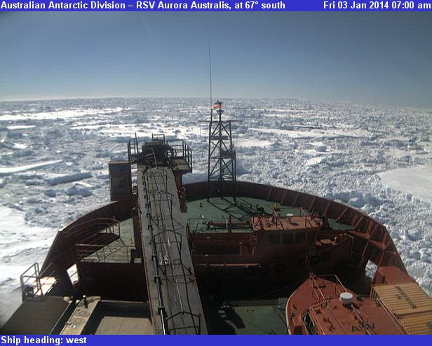 20140102-aurora_australis_webcam.jpg