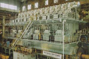 Wartsila-Sulzer_diesel_engine.jpg