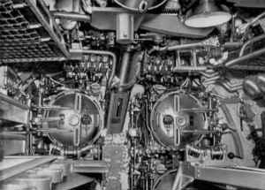 fleet-submarine-torpedos.jpg