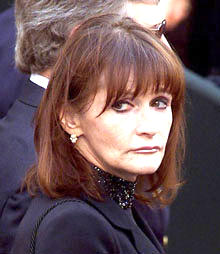 margot-kidder.jpg