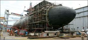 sub-in-drydock-02.jpg